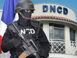 Agentes de la DNCD y fiscal capturados poniendo drogas