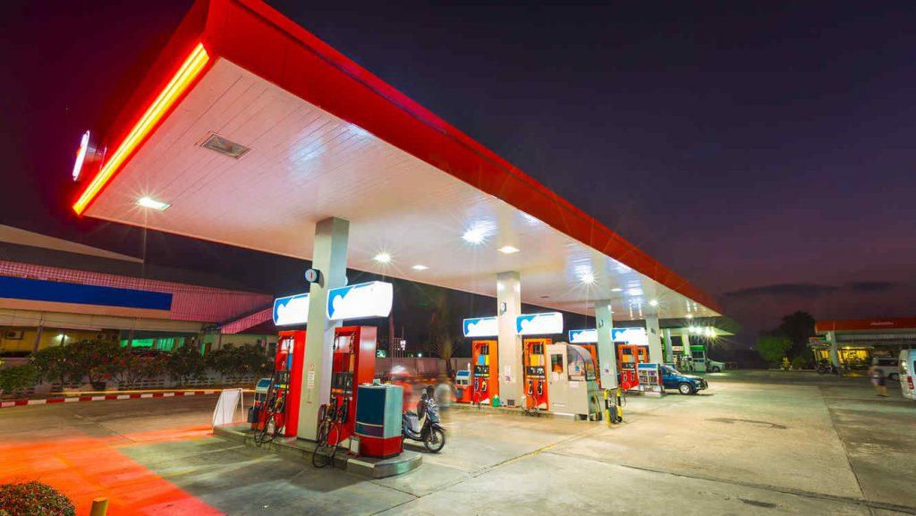 Bajan precios de los combustibles, exceptuando el del gas natural