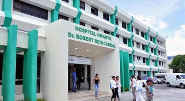 Margarita visitó hospital Robert Reid en la madrugada y lo vio desbordado de niños