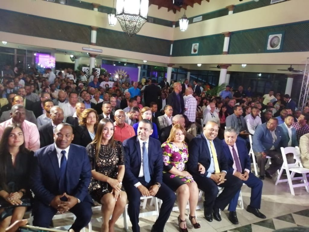 Escogen al diputado Luis Alberto precandidato alcaldía municipio SDE