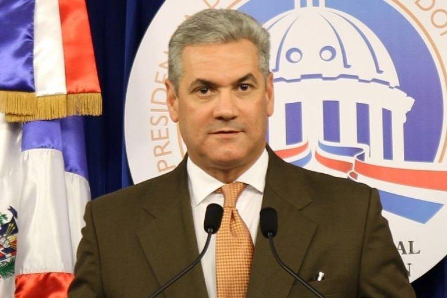 Gonzalo Castillo Medina ha sido prudente ante las provocaciones de grupos liderados por Leonel Fernández