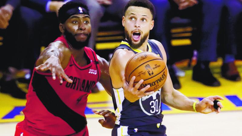 Curry y Thompson dupla letal para los Warriors ante Blazers