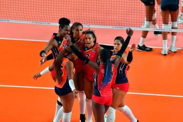Las Reinas del Caribe le manchan el récord perfecto a EE.UU. y piensan en la última ronda