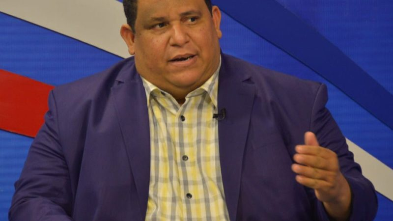 "Presidente de FEDOMU afirma continuidad de Medina no depende ""uno o dos funcionarios"