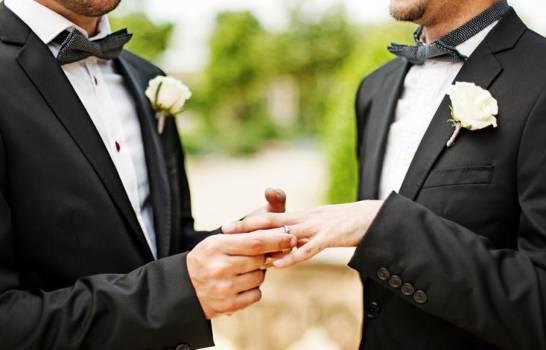 Corte Constitucional aprueba el matrimonio gay en Ecuador