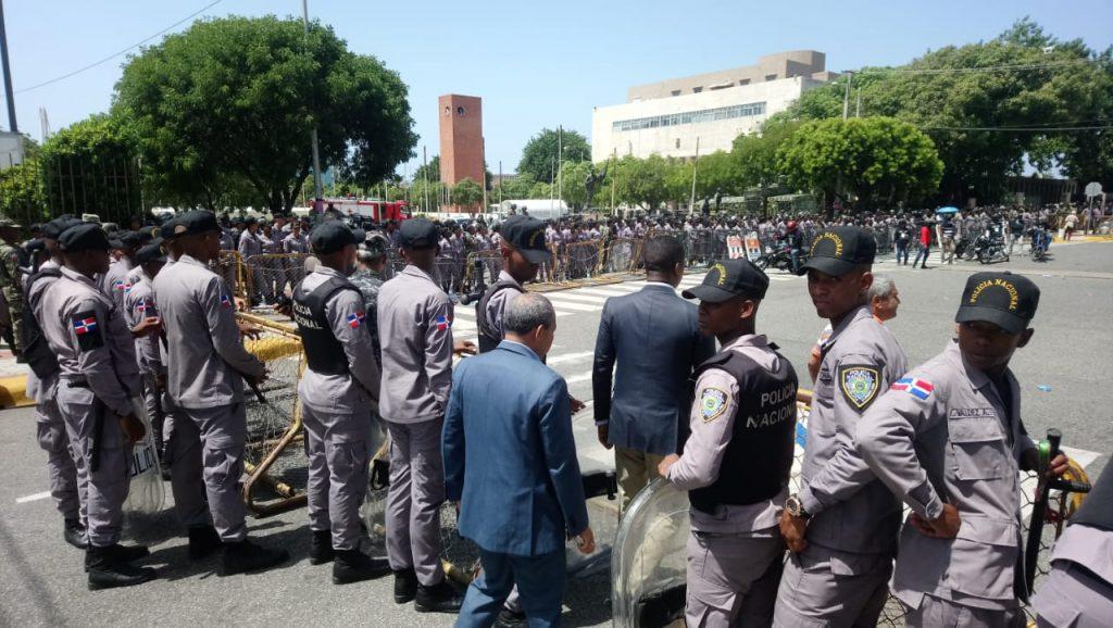 No cesan los disturbios en el Congreso Nacional