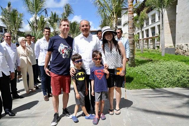 Danilo Medina asiste a inauguración de Lopesan Costa Bávaro Resort, Spa & Casino