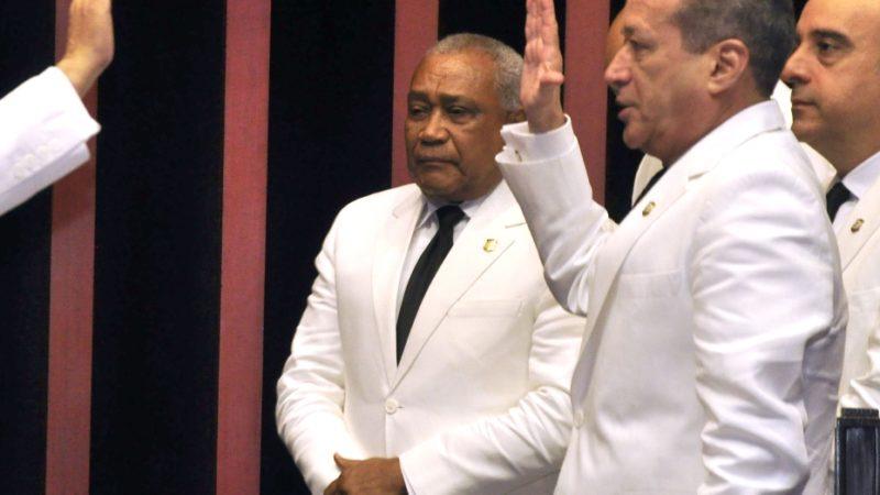 Reinaldo anuncia que no vuelve más como legislador