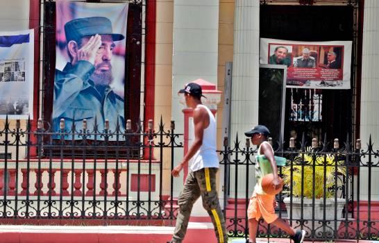 """Celebran en Cuba el 93 cumpleaños de Fidel Castro, """"más vivo que siempre"""""""