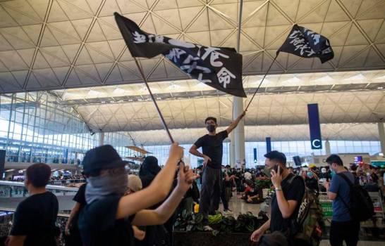 "Pekín ve ""señales de terrorismo"" en las protestas de Hong Kong"