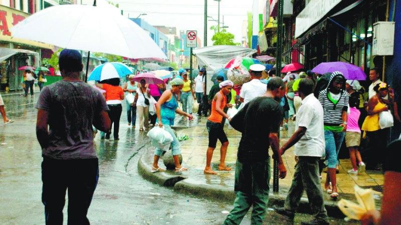 Meteorología pronostica aguaceros para regiones y la zona fronteriza