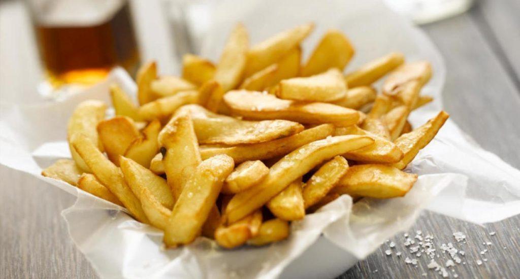 Un niño británico sufre pérdida de visión por comer únicamente papas fritas