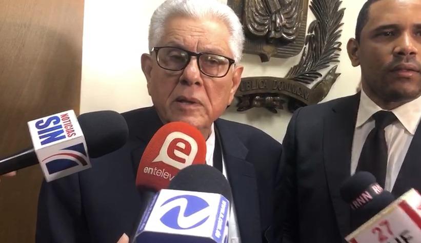 Roberto Saladín anuncia su renuncia irrevocable de la Junta Central Electoral