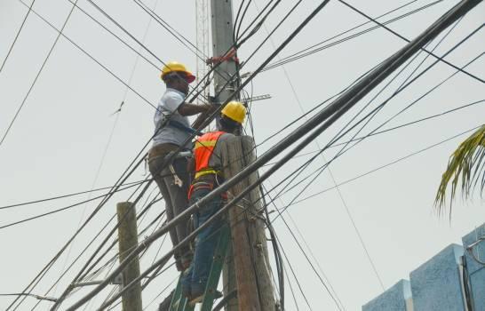 Modificación del presupuesto de 2019, un parche para un abismo profundo por deudas en el sector eléctrico