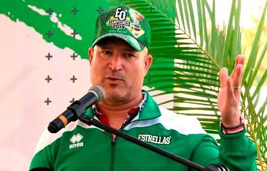 Renuncia Manny Acta como gerente general de las Estrellas Orientales