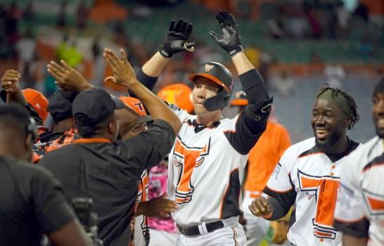 El béisbol invernal llegó cerrado al Black Friday, los movimientos en oficinas definirían la clasificación