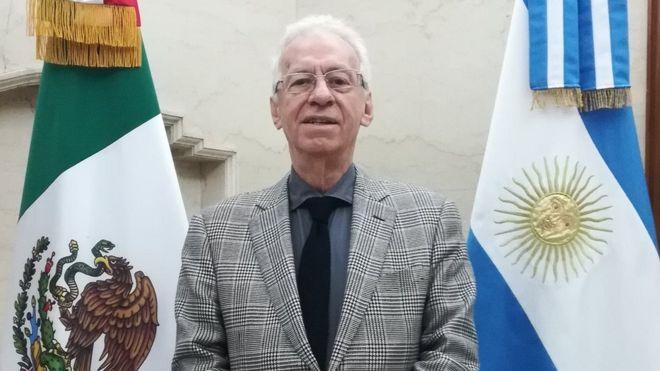 Ricardo Valero: la renuncia del embajador mexicano acusado de robar un libro tras revelarse que padece un problema neurológico