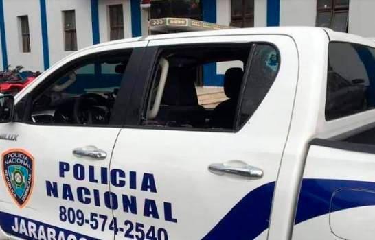 Hijos y familiares de mujer asesinada en Jarabacoa aseguran fue herida en guagua de la Policía