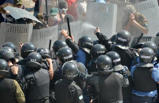 Ucrania refuerza seguridad de evacuados de Wuhan tras incidentes, hay cinco RD en cuarentena
