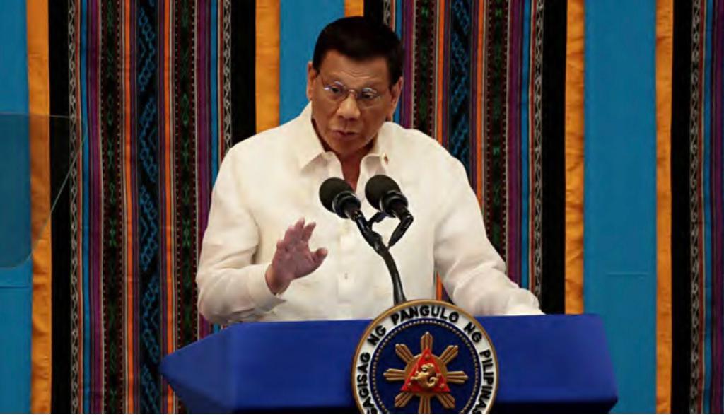 Presidente de Filipinas ordenará a militares disparen a quienes no respeten la cuarentena