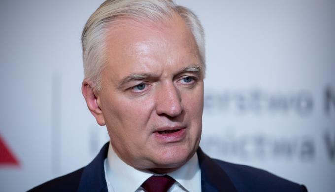 Viceprimer ministro polaco propone aplazar elecciones y alargar dos años más el mandato del presidente