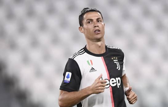 Cristiano recupera sus superpoderes y la Juve golea a Lecce
