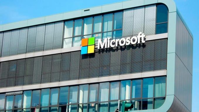 Microsoft despide a 50 periodistas y los reemplaza con inteligencia artificial