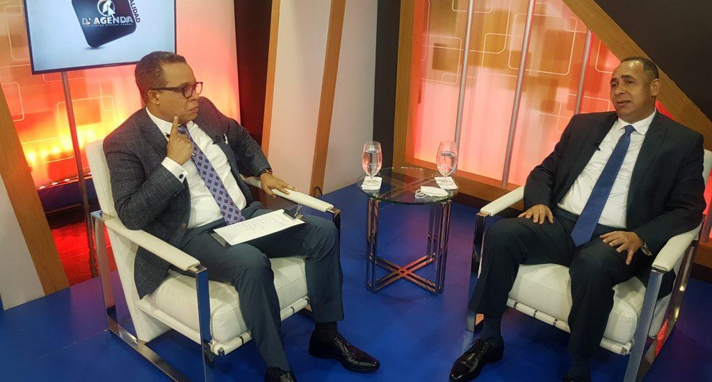 Presidente de Indotel sostiene solo el 67% de los dominicanos tiene conectividad de cierta calidad