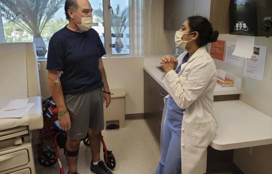 Trasplantan dos pulmones a paciente con COVID-19 en EEUU