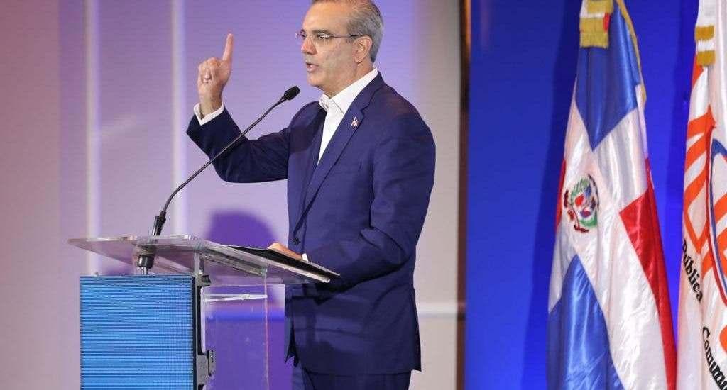 Abinader anuncia pacto nacional para total reapertura del país; dirá planes para recuperar economía