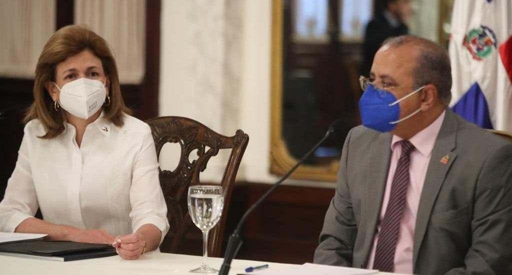 Gobierno firma acuerdo con Pfizer y BioNTech para compra de 7.9 millones de dosis de vacuna contra covid-19