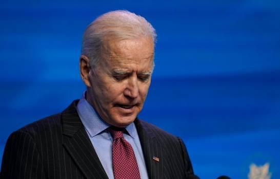 """Biden dice que el juicio político a Trump es """"una decisión del Congreso"""""""