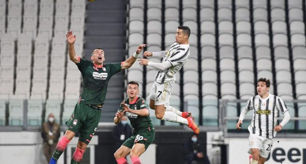 Cristiano Ronaldo reactiva al Juventus frente al Crotone