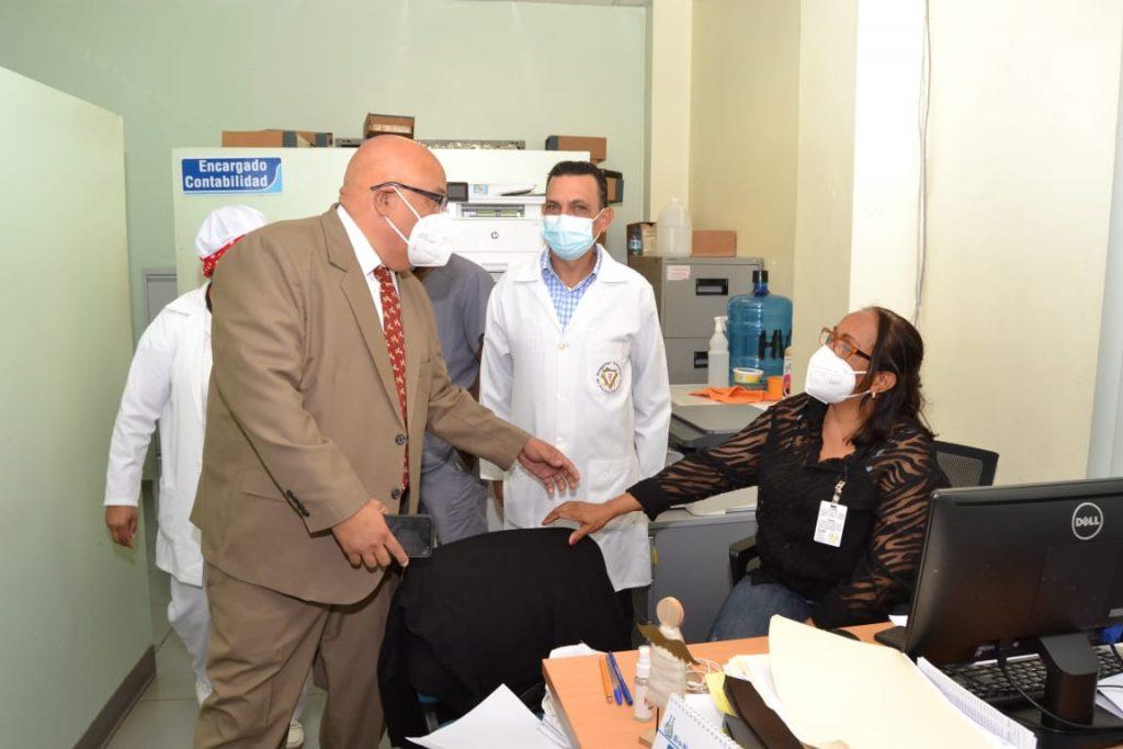 Nuevo director hospital Vinicio Calventi solicita a médicos trabajar en equipo
