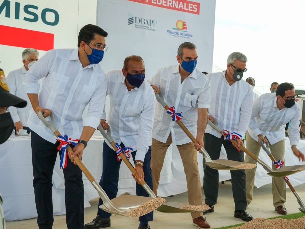 Abinader emprende la explotación turística de Pedernales con inversión inicial de US$1,000 MM