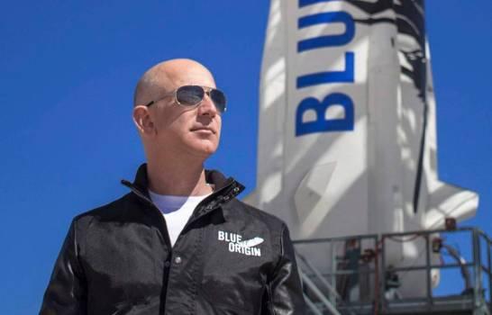 Pagan 28 millones de dólares por viajar al espacio junto a Jeff Bezos