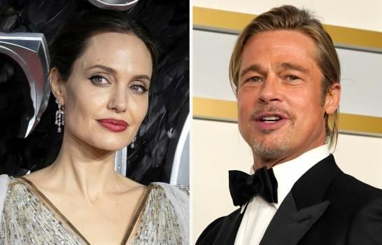 Corte descalifica a juez privado en divorcio de Angelina Jolie y Brad Pitt