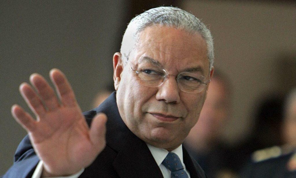 Muere Colin Powell, líder militar y primer secretario de Estado negro de EE. UU.