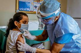 SP y más de 20 sociedades acuerdan vacunar niños